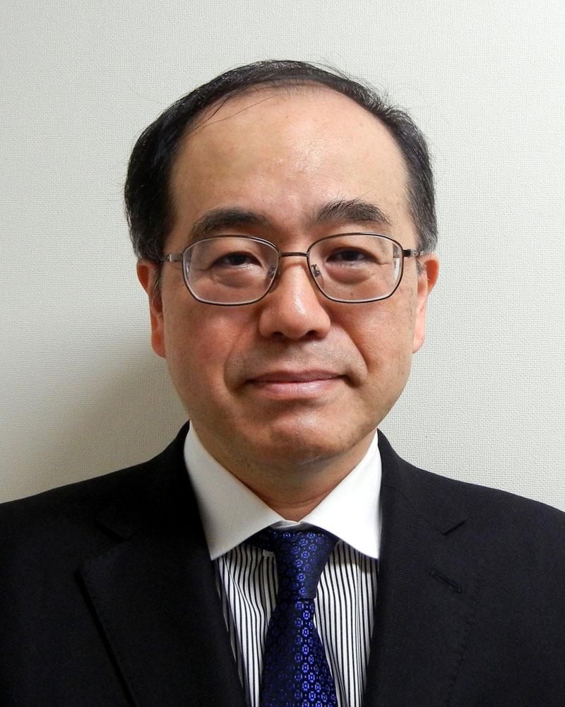 Hospital Director Yasuyuki Araki